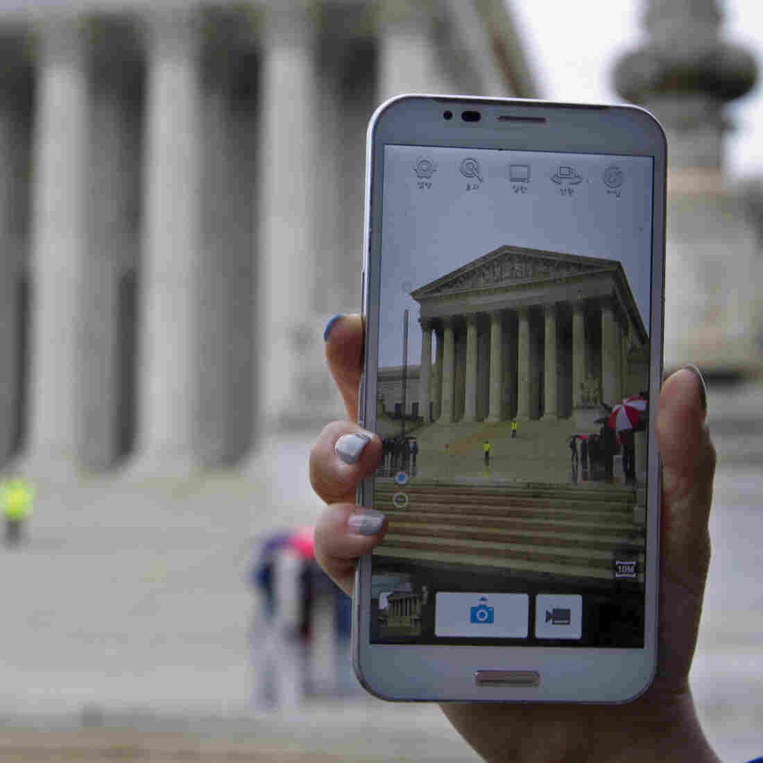 At Supreme Court, Debate Over Phone Privacy Has A Long History