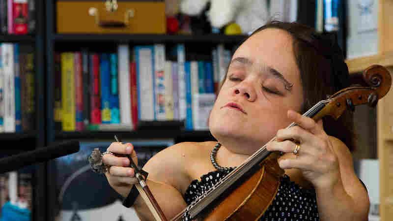 Gaelynn Lea: Tiny Desk Concert