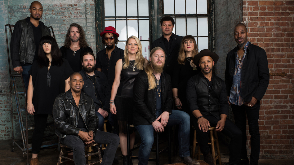 Tedeschi Trucks Band. (Courtesy of the artist)