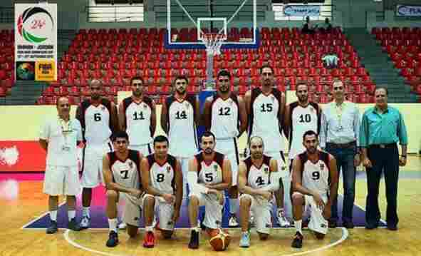 Hozaifa Almaleh (No. 9, on the right of the front row) was a leading member of Syria's national basketball team from 2004 to 2013. He left the country because of war and now plays professionally in Chicago.