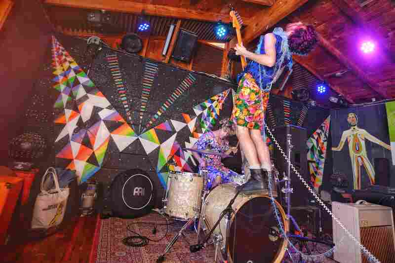 It's not a PWR BTTM show without ridiculous finger tapping, glitter and kick-drum-mounts.