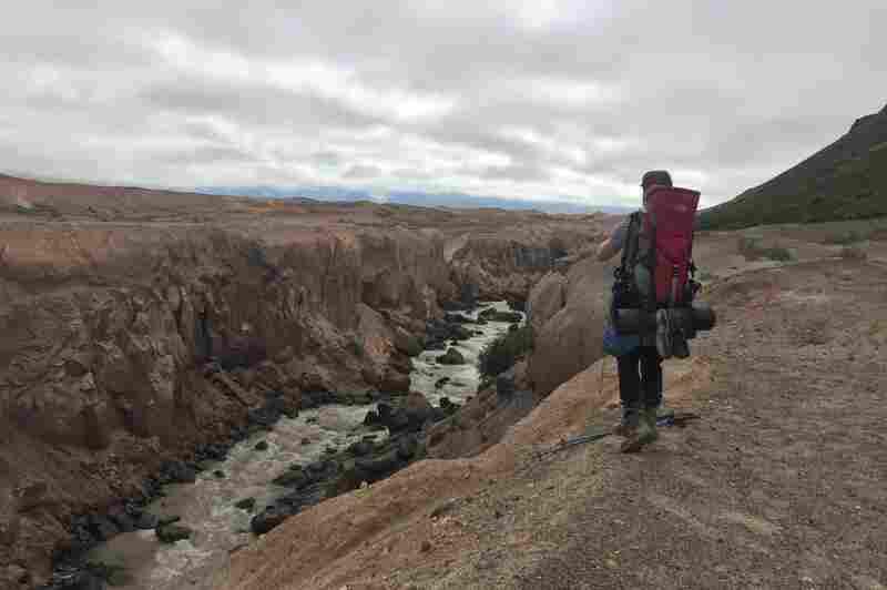 Trevor Kemp in Katmai National Park (park #8 for the duo).