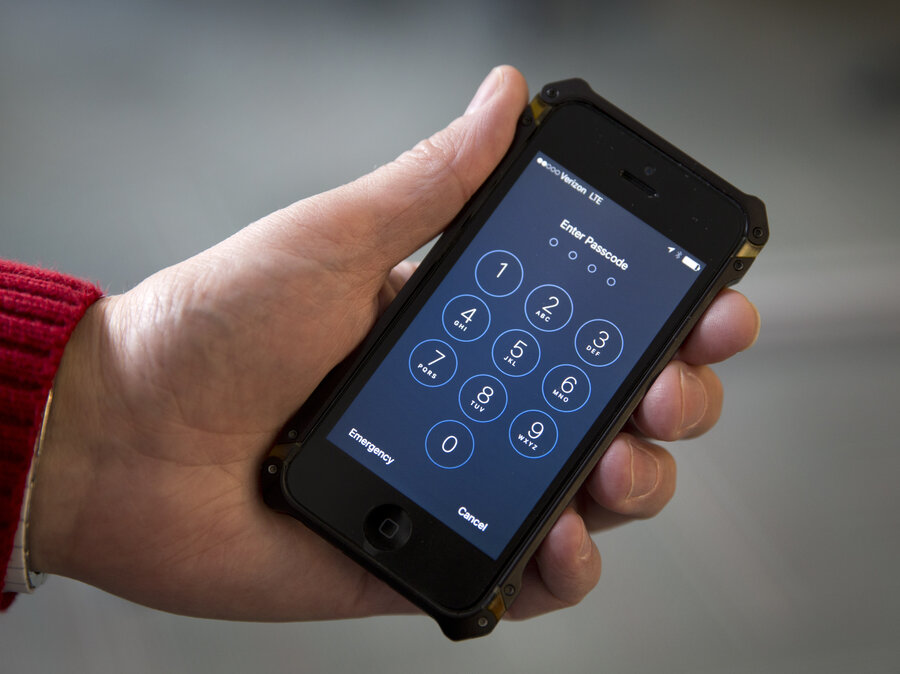 Fbi Says It May Be Able To Access Shooter S Iphone Without Le Help