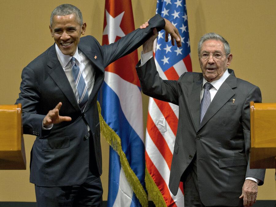 Resultado de imagem para obama raul castro