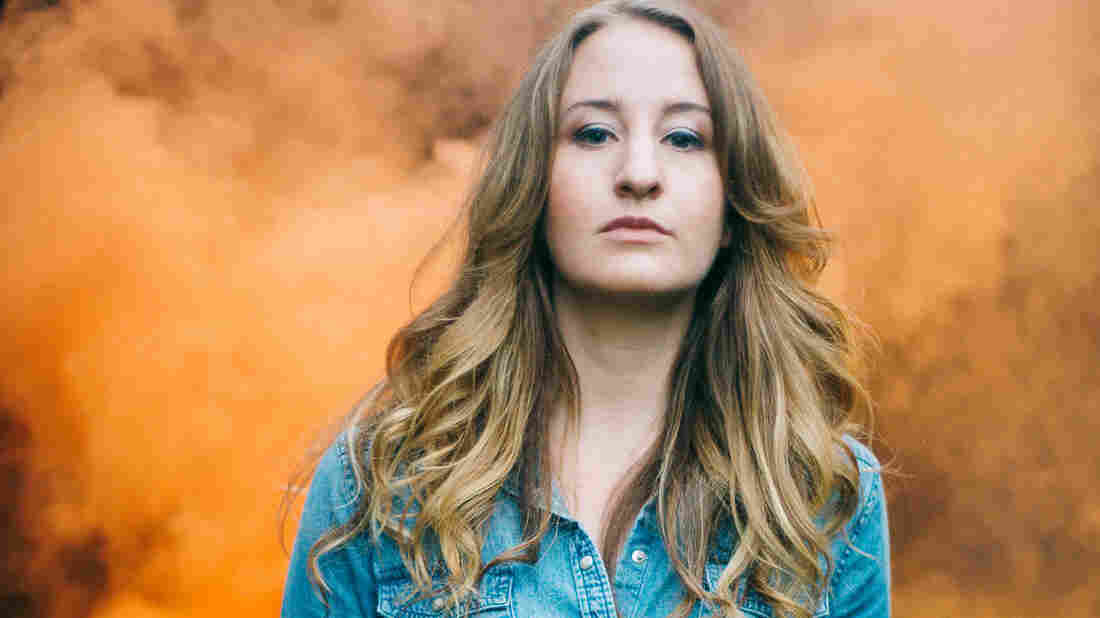 Country singer Margo Price's debut solo album, Midwest Farmer's Daughter, draws on her personal experiences of hard times.