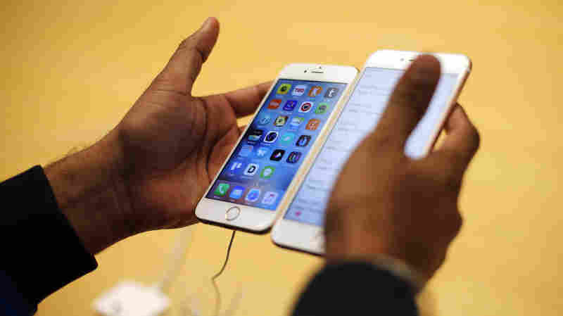 The Apple-FBI Whodunit: Who Is Helping The Feds Crack The Locked iPhone?