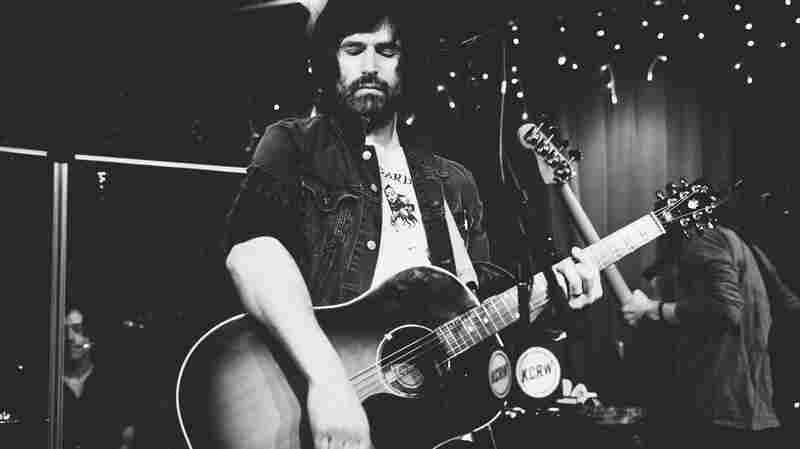 Pete Yorn, 'Summer Was A Day' (Live)
