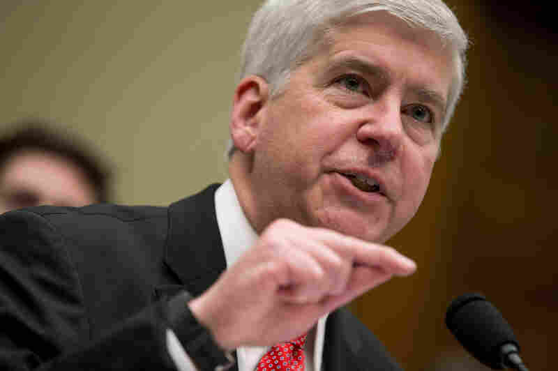 After testifying before Congress last week, the Flint water crisis again dominated Michigan Gov. Rick Snyder's schedule this week.