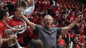 How Basketball Great Bill Walton Thrived In A Life Of Limitations