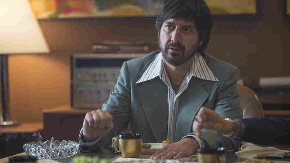 Ray Romano Gets Deep, Dark And Angsty For Martin Scorsese's 'Vinyl'