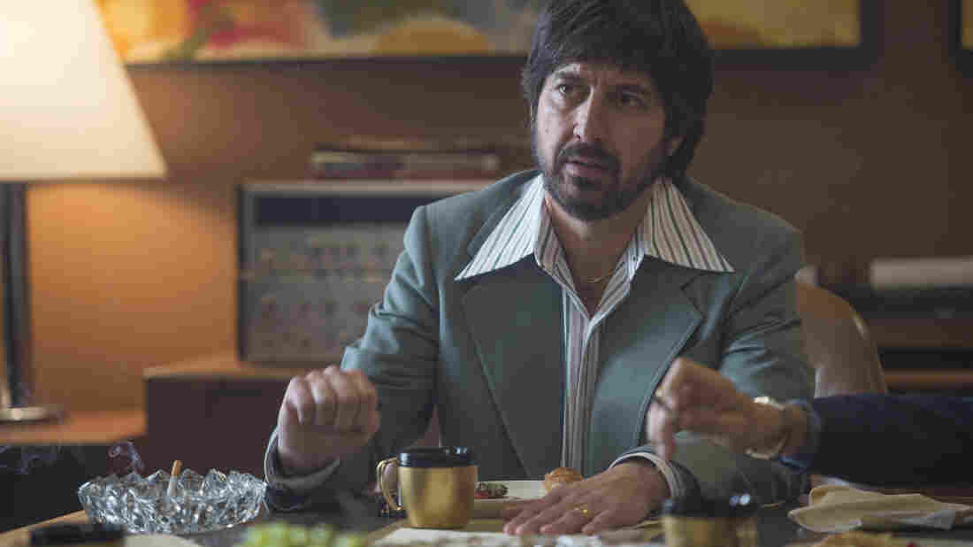 Ray Romano plays Zak Yankovich, a record company's head of promotions, in HBO's Vinyl.