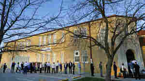 Voters line up to cast their ballots on Super Tuesday, March 1, in Fort Worth, Texas.