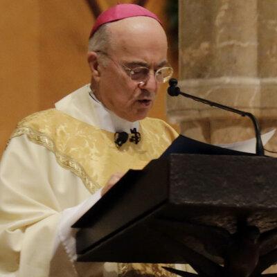 Pope Francis Replaces Ambassador Who Arranged Kim Davis Meeting
