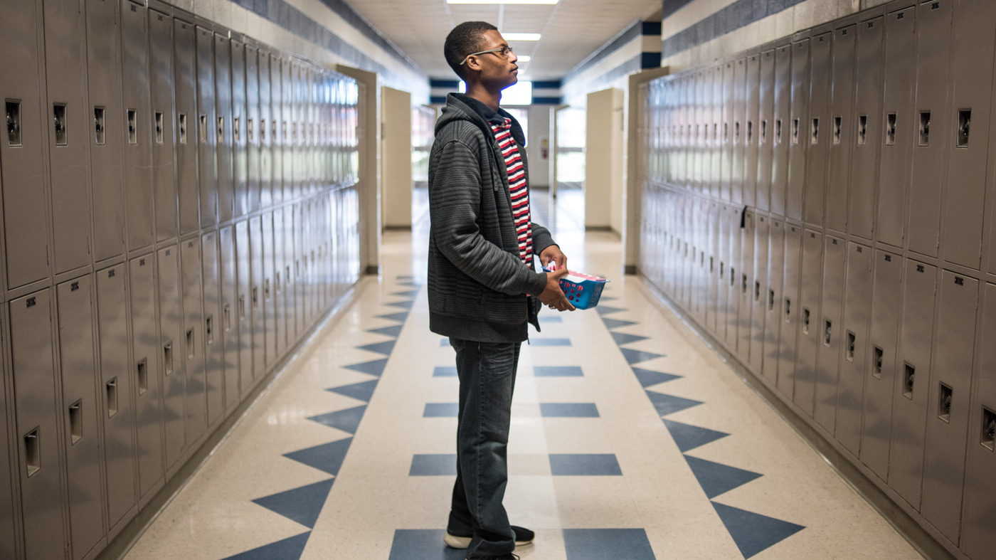 One Student Tries To Help Others Escape A 'Corridor Of ...
