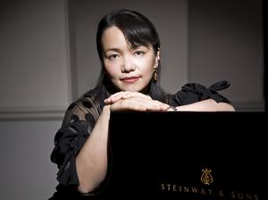 Ayako Shirasaki.