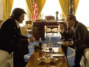 Michael Shannon as Elvis Presley and Kevin Spacey as Richard Nixon in Elvis & Nixon.