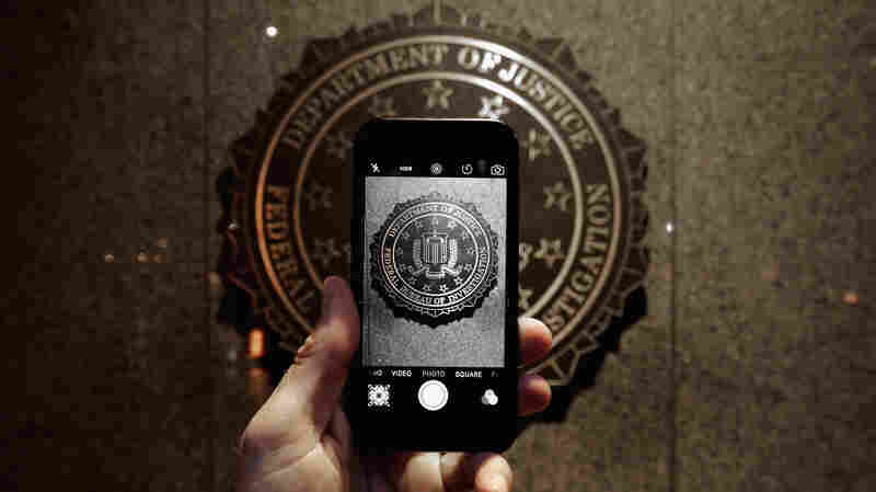 The Next Apple-FBI Question: Who Can Know How The iPhone Was Hacked?