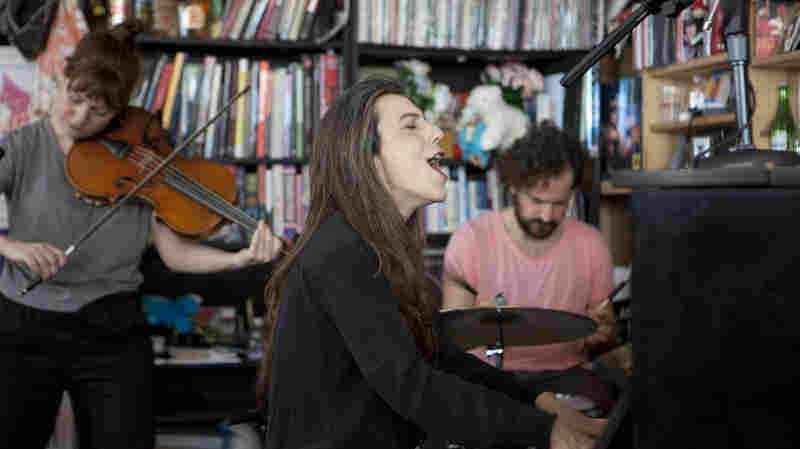 Julia Holter: Tiny Desk Concert