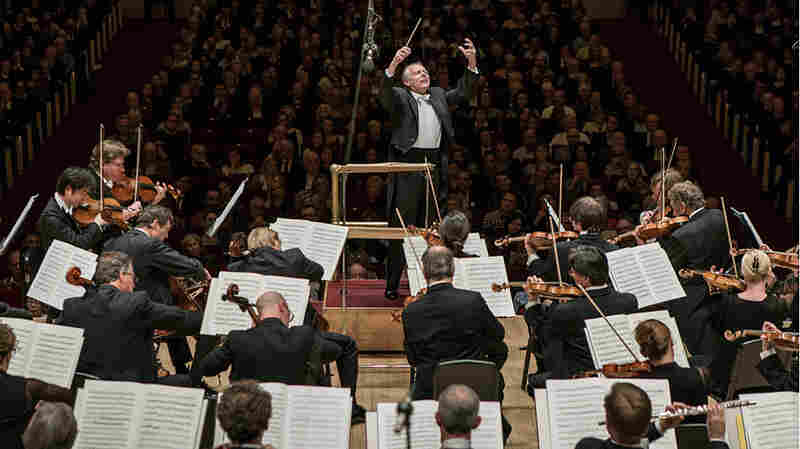 The 'Leningrad' Symphony At Carnegie Hall