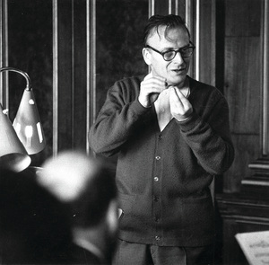 Later in Menuhin's career, as his bowing technique began to fail, he turned to conducting. He was appointed head of the Royal Philharmonic Orchestra in 1982.