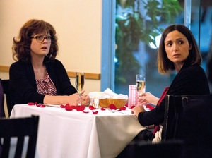 Marnie (Susan Sarandon) and Lori (Rose Byrne) sharing a mother-daughter Valentine's Day dinner.