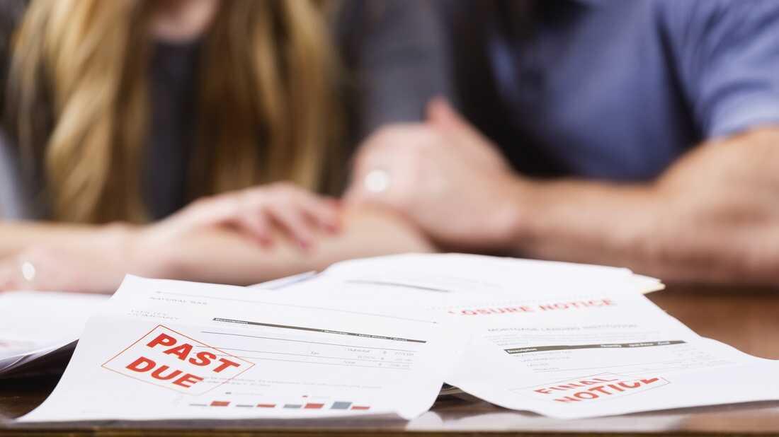 Many Americans struggle with finances.