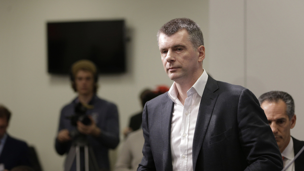 An independent paper owned by billionaire Russian businessman and Brooklyn Nets owner Mikhail Prokhorov — shown here Jan. 11 in New York — is under fire, but the Kremlin says it's not applying pressure on media. (AP)