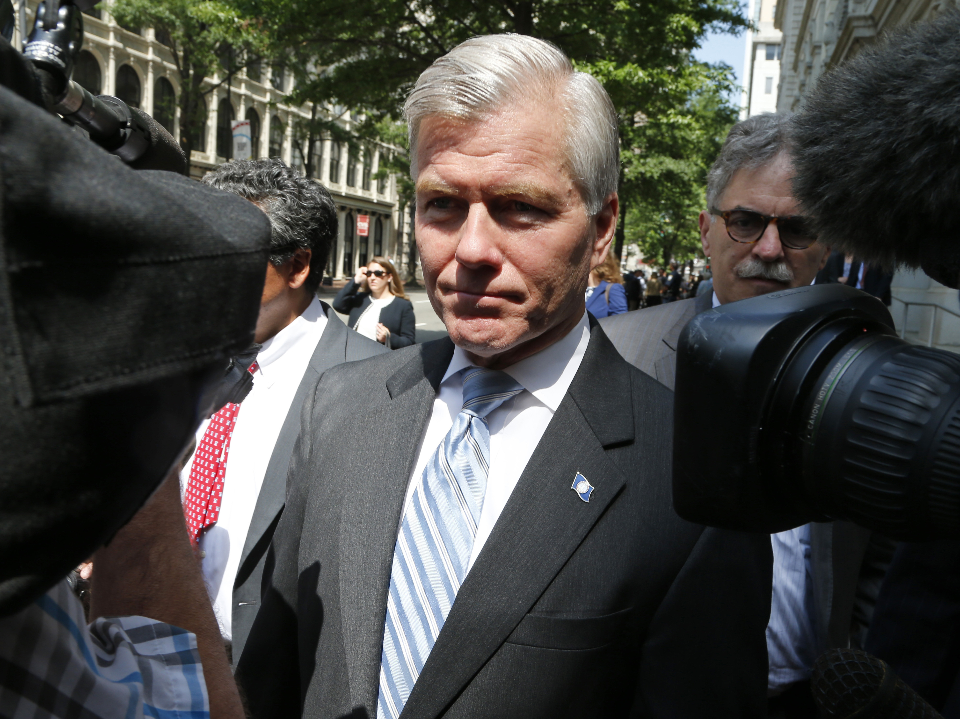 Supreme Court hears Bob McDonnell's appeal