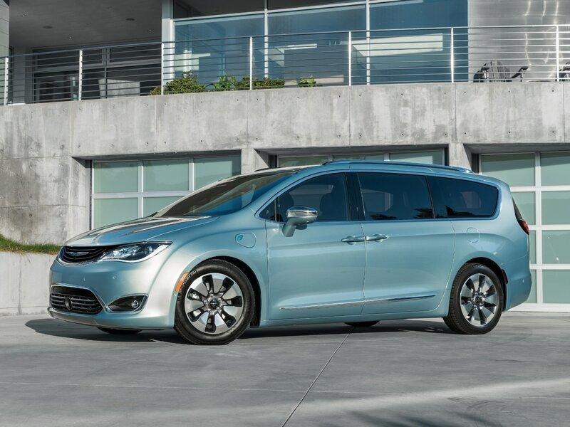 Google And Fiat Chrysler Partner To Make Self Driving Minivans