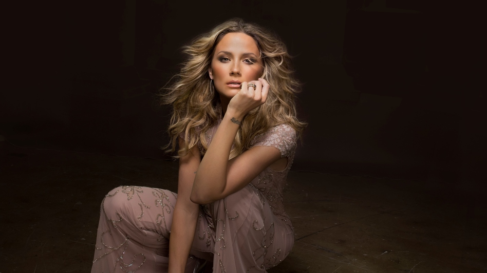 Jennifer Nettles' new album, Playing With Fire, comes out May 13. (Courtesy of the artist)