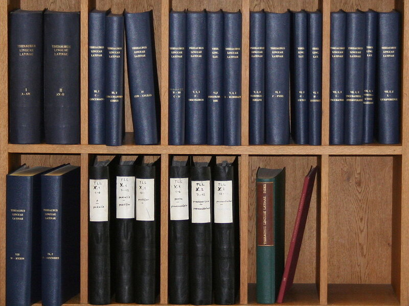 The volumes of the Latin dictionary that have already been completed. The most recent one was the letter P, which was finished in 2010.