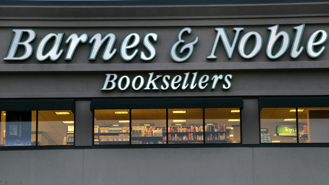 Barnes & Noble Founder Retires, Leaving His Imprint On ...