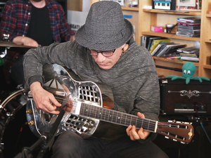 Tiny Desk Concert with Steve Kimock.