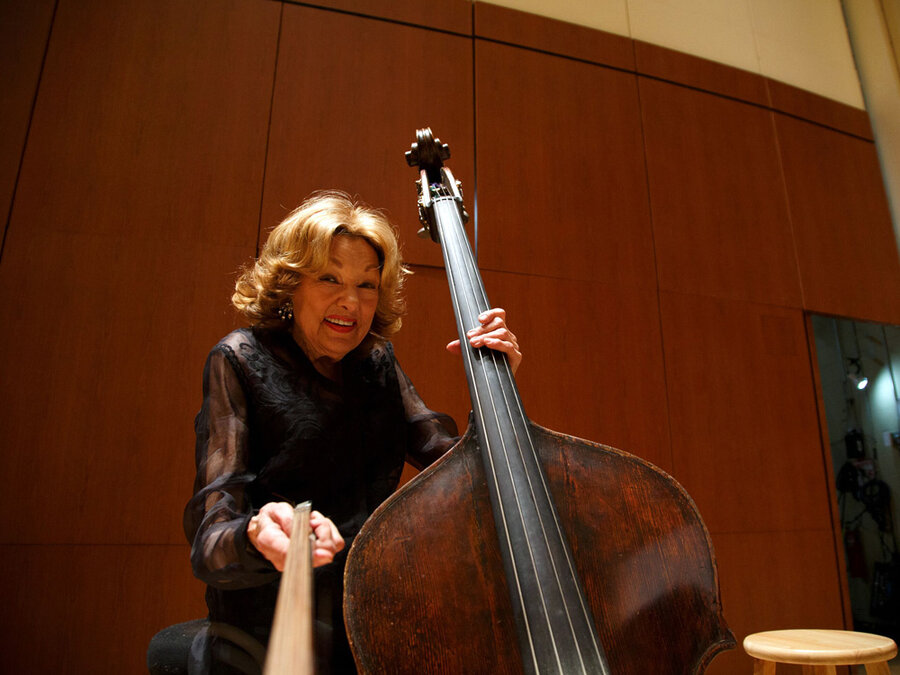 Jane Little Atlantas Dainty Double Bass Player For 71 Years Dies Onstage