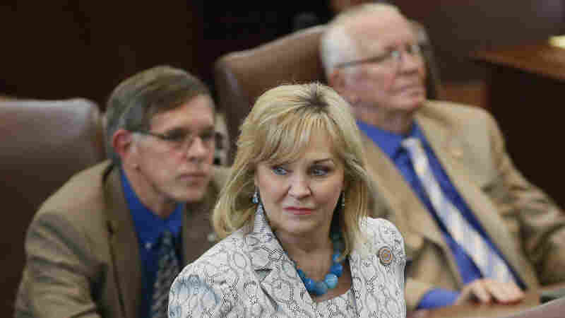 Oklahoma Governor Vetoes Bill That Would Make Performing Abortion A Felony