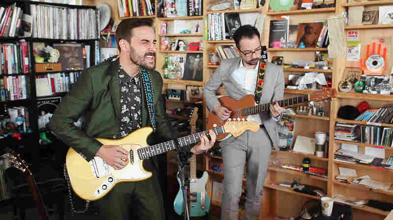 Robert Ellis: Tiny Desk Concert