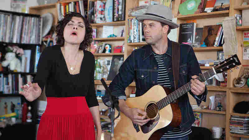 Carrie Rodriguez: Tiny Desk Concert