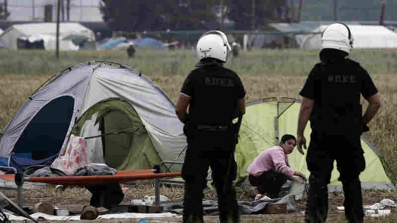 PHOTOS: Greece Begins Evacuating Thousands Of Asylum-Seekers From Camp