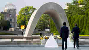 Obama Makes Historic Visit To Hiroshima Memorial Peace Park
