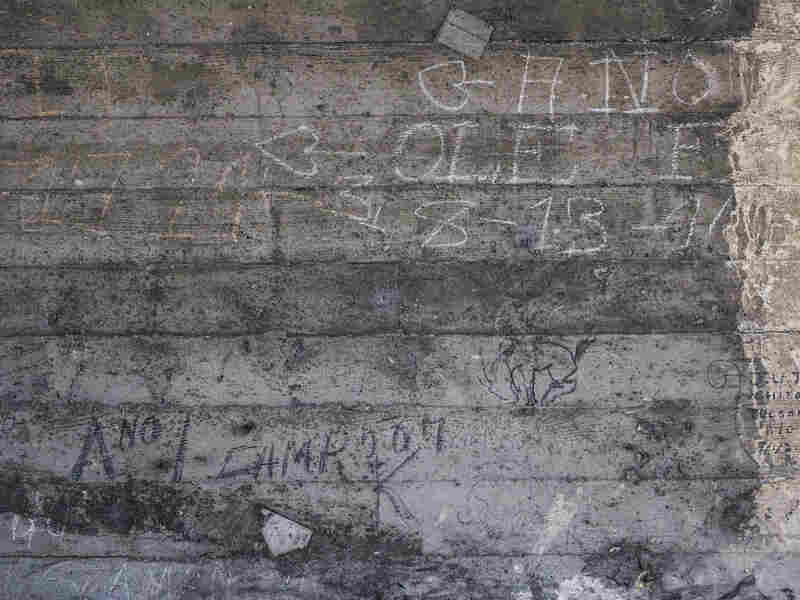 The image shows the early 20th century graffiti markings of A No.1, he is considered one of the most famous American hobos.