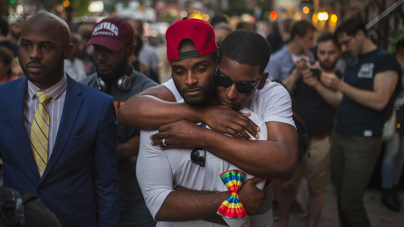 lgbt community mourns orlando attack boosts security at pride
