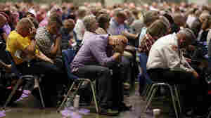 Southern Baptists Split With Donald Trump On Refugee Resettlement