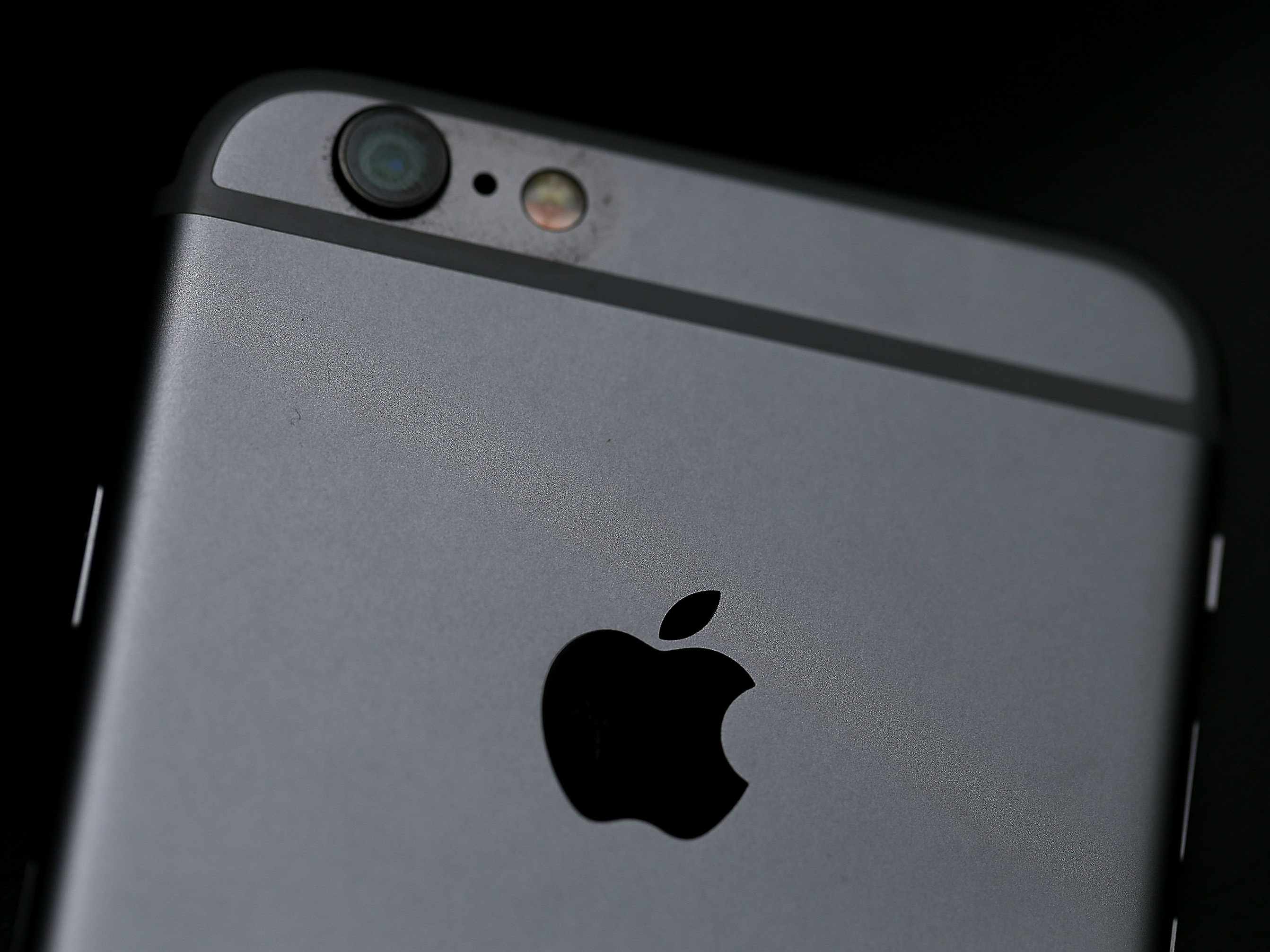 Beijing Says Apple's iPhone 6 Violates Chinese Design Patent