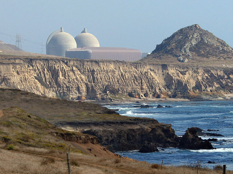 The Diablo Canyon Nuclear Power Plant, south of Los Osos, Calif., sits near earthquake fault lines, and is slated to close by 2025. (Michael A. Mariant/AP)