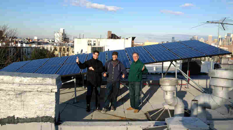 How Blockchain Helps Brooklyn Dwellers Use Neighbors' Solar Energy