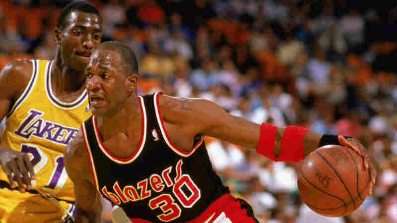 Terry Porter of the Portland Trail Blazers drives against the Los Angeles Lakers during a game in April 1988 in Los Angeles, Calif.