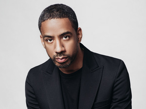 Musician Ryan Leslie says his SuperPhone app lets him manage conversations with fans from his phone.