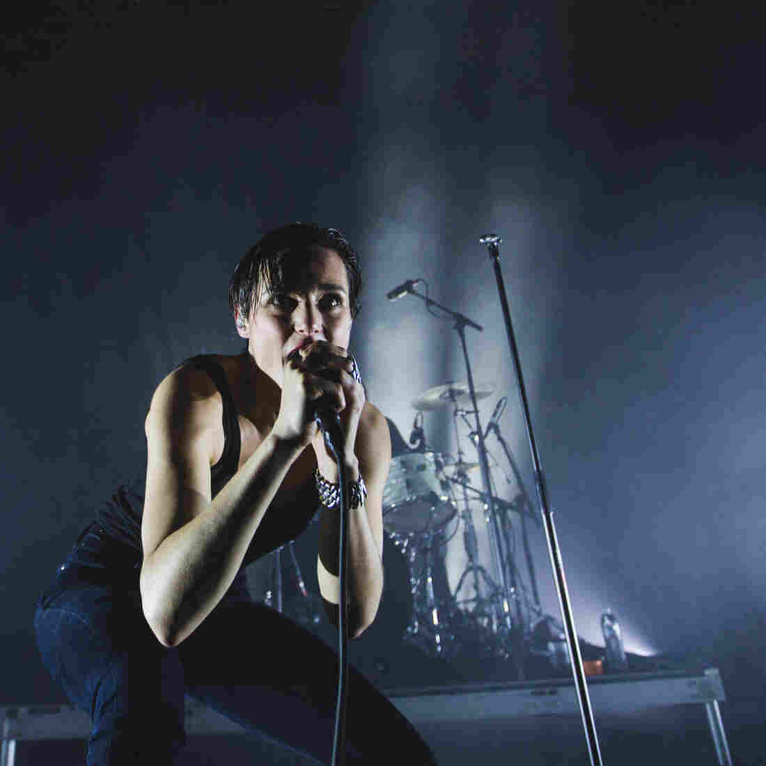 Watch Savages Perform Live At The 9:30 Club