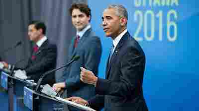 (L-R) Mexican President Enrique Pena Nieto, Canadian Prime Minister Justin Trudeau and President Obama held a press conference in Ottawa Wednesday.