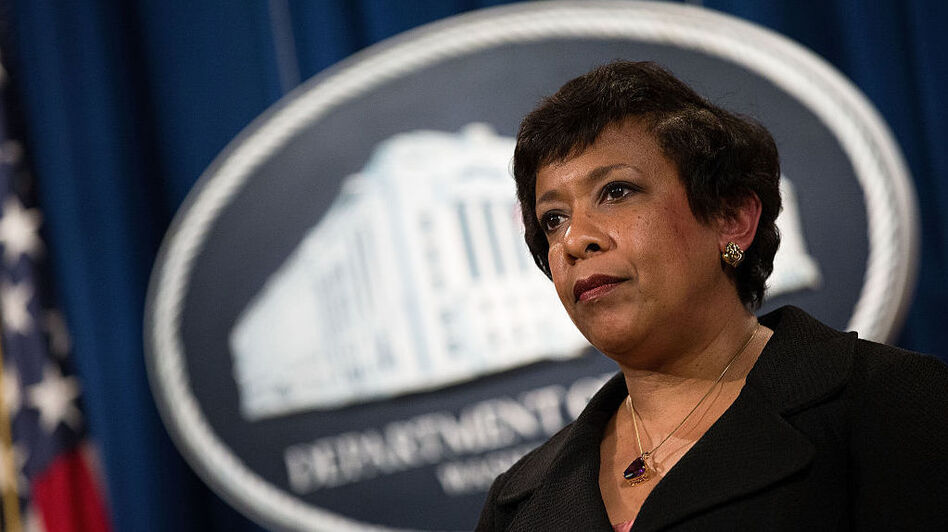 Attorney General Loretta Lynch said she discussed family, golf and travel with Bill Clinton — not ongoing Justice Department investigations. (Drew Angerer/Getty Images)